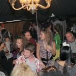 yako party v cozy bar